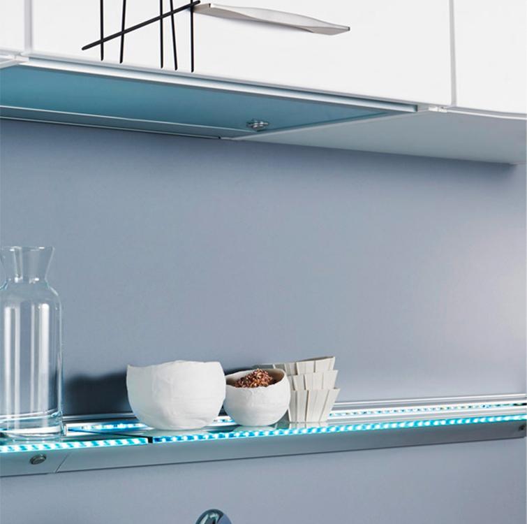 Mensole soggiorno vetro idee per il design della casa - Mensole cucina design ...