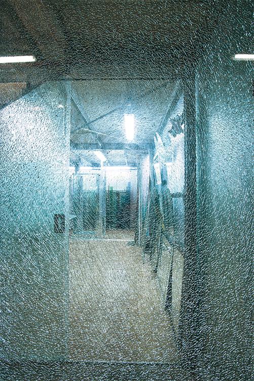 Nuova cristalvetri   vetreria a barletta dal 1960   pareti vetrate ...