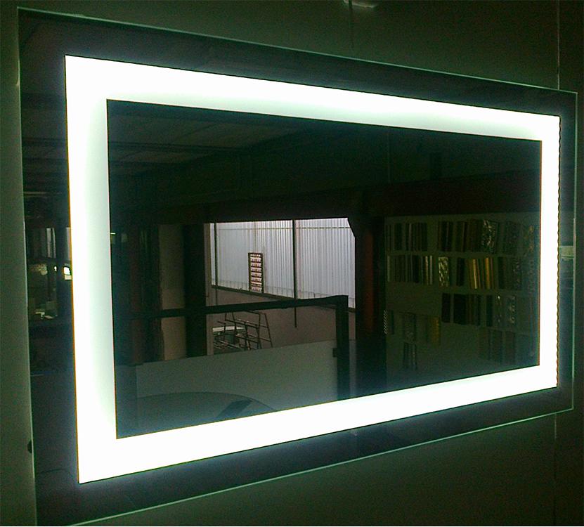 Nuova cristalvetri vetreria a barletta dal 1960 specchi - Specchi retroilluminati per bagno ...