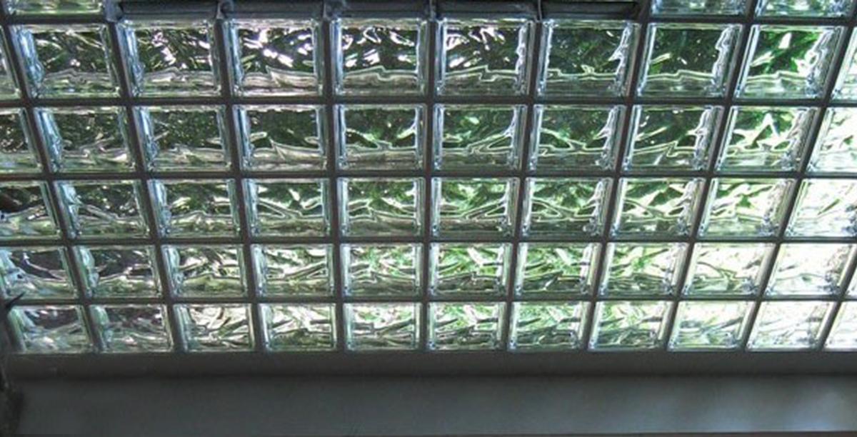 Lucernari vetrocemento terminali antivento per stufe a for Lucernari per tetti